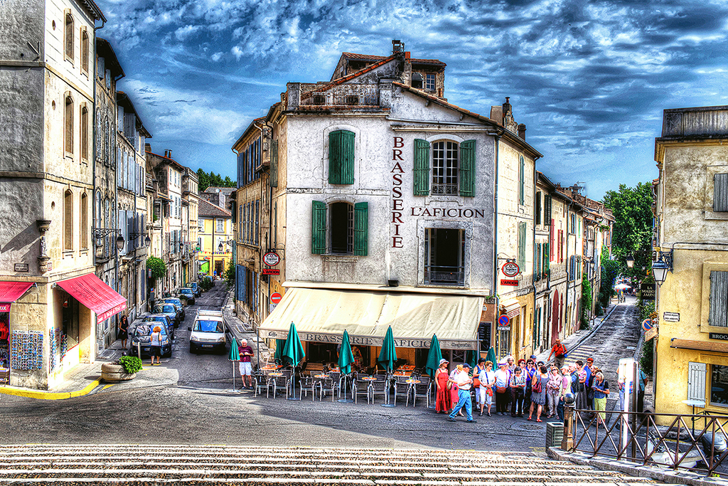 CAFE AT ARLES, FRANCE_Harry Mitchell_pdo