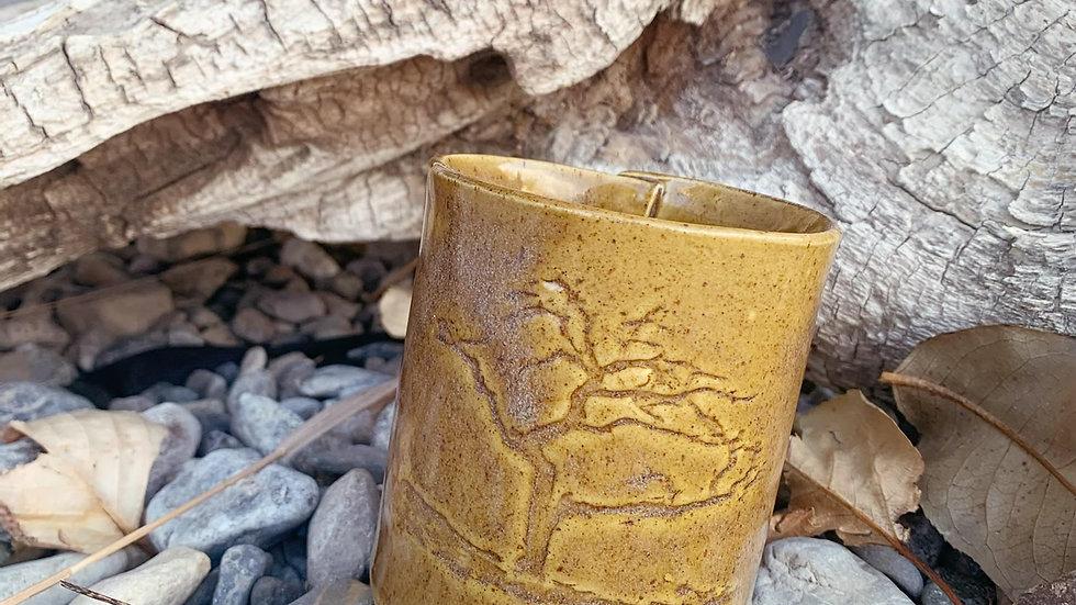 Burmis Tree pottery candle