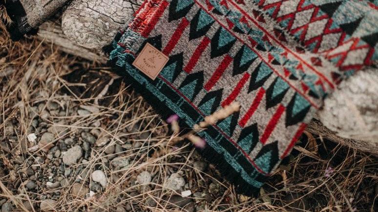 Modest Maverick - GLACIER - Tofino Beach Blanket