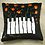 Thumbnail: Coussin de décoration FLOWER PIANO en velours Noir
