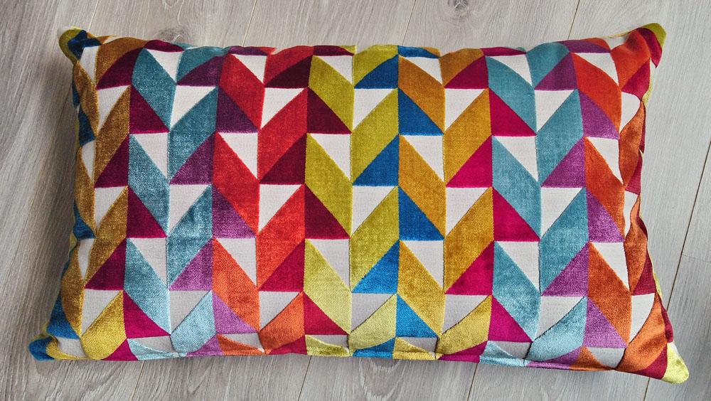 Coussin lin et velours multicolore - dimensions 45 x 70