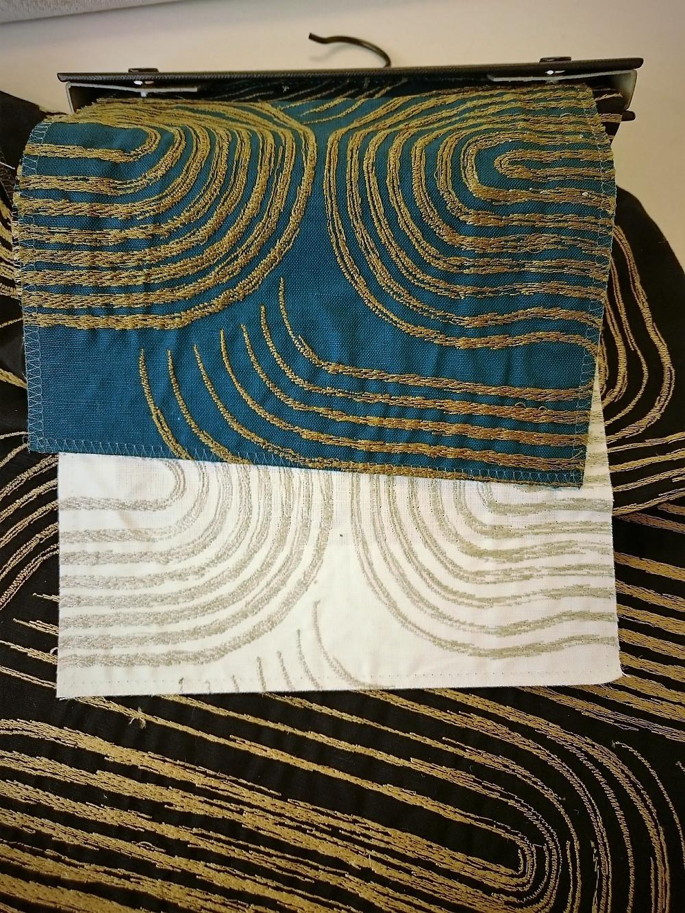 NOBILIS - Kanji - tissu pour rideaux en lin et coton brodé or - trois coloris