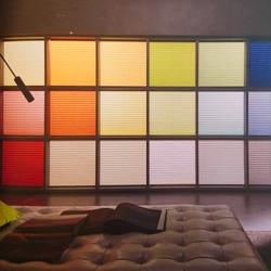 Gamme de couleurs pour stores plissés