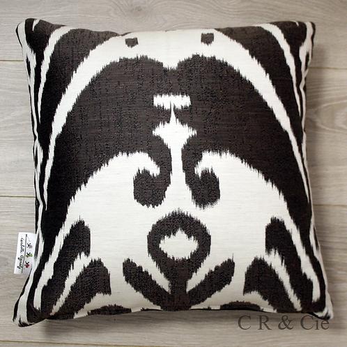 Coussin de décoration ETNIK à motifs bruns et ivoire