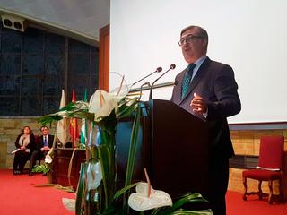 El programa Erasmus+, premiado con una de las distinciones 'Santo Tomás de Aquino' de la Universidad