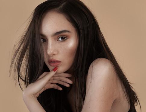 Photographer: Gee Plamenco III Hairstylist: Mycke Arcano Model: Siobhan Moylan of IM Agency