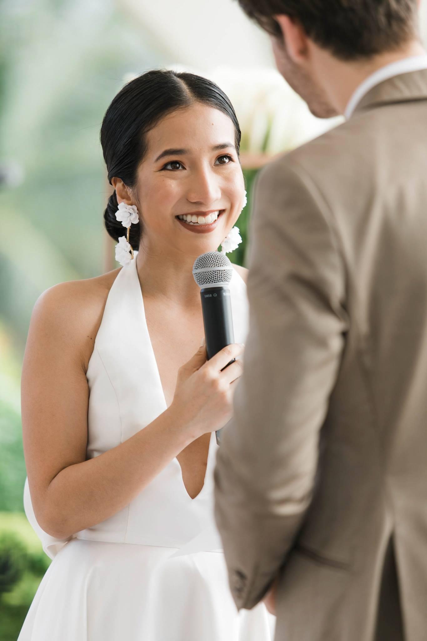 Photographer: Mayad Studios Hairstylist: Carlo Umipig Bride: Hannah Tan