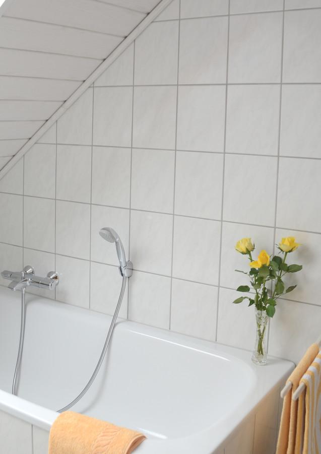 badezimmer_badewanne.jpg