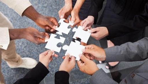 企業團隊建構系統