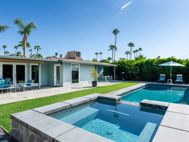 Luxury Executive 2 bed/2 bath South Palm Springs