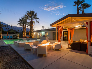 Central Palm Springs California Living