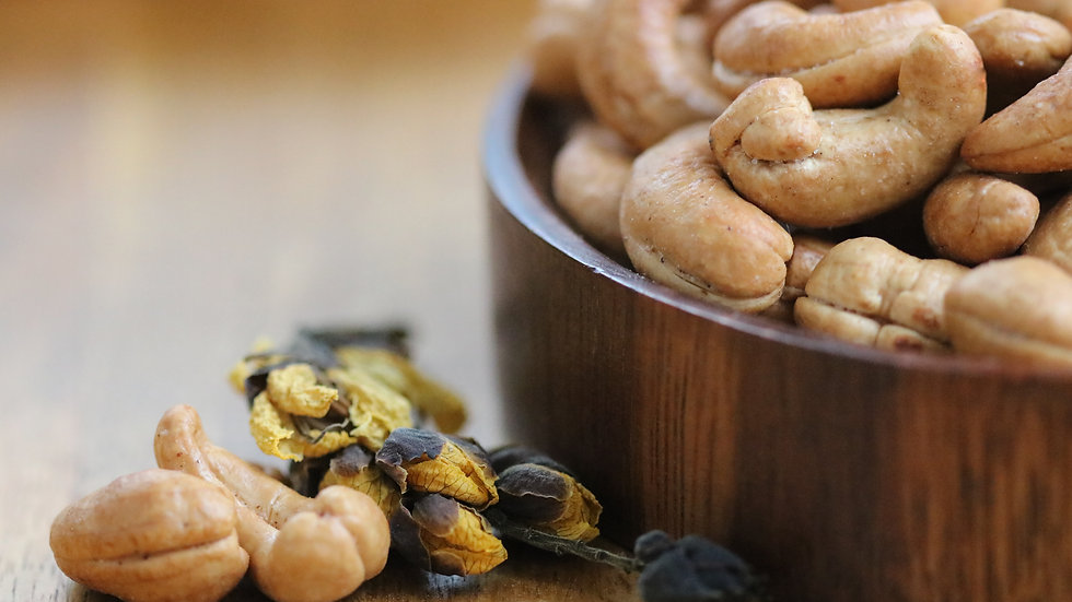 Roasted Jumbo Cashews (Half-Salted)
