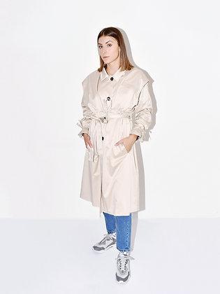 Lex, beige elongated coat