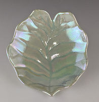 36 Philodendron Leaf small low bowl, top