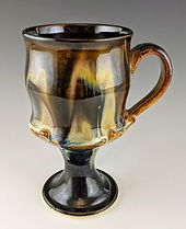 6 Pedestal Mug Handle to the right.jpg
