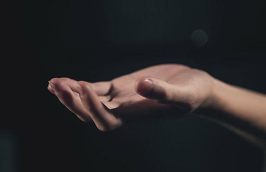 hand-palm-light-hand-in-hand.jpg