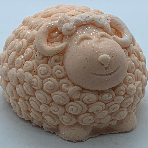 Ginger Peach XL 6 oz Sheep Bath Bomb Fizzie