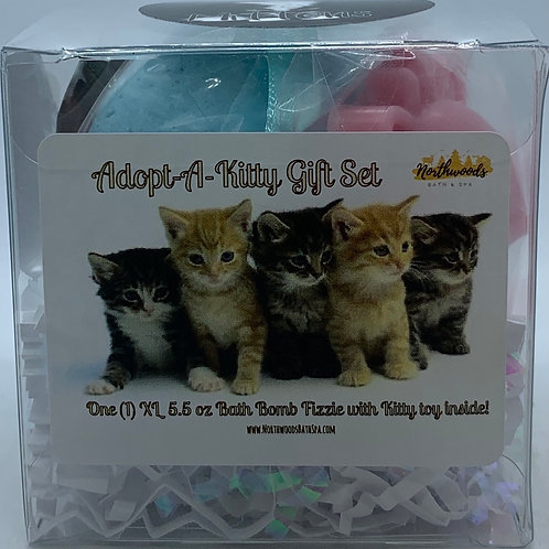 "Adopt-A-Kitty ""Mittens"" 5.5 oz Bath Bomb Gift Set (Blackberry Tangerine)"