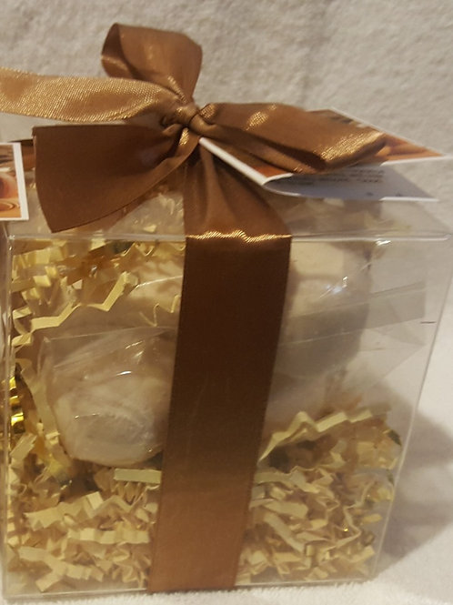 Oatmeal, Milk & Honey 14-pack Bath Bomb Gift Set
