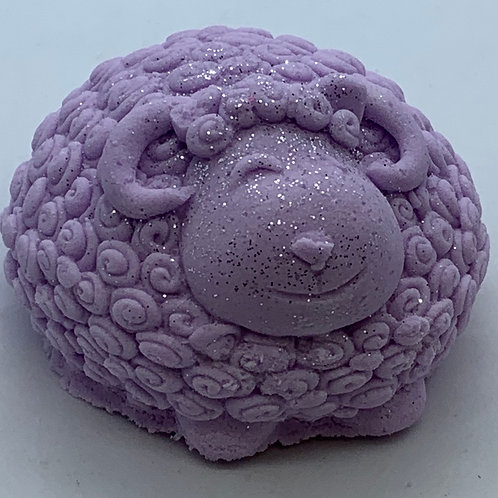 Lavender Chamomile 6 oz Sheep Bath Bomb Fizzie