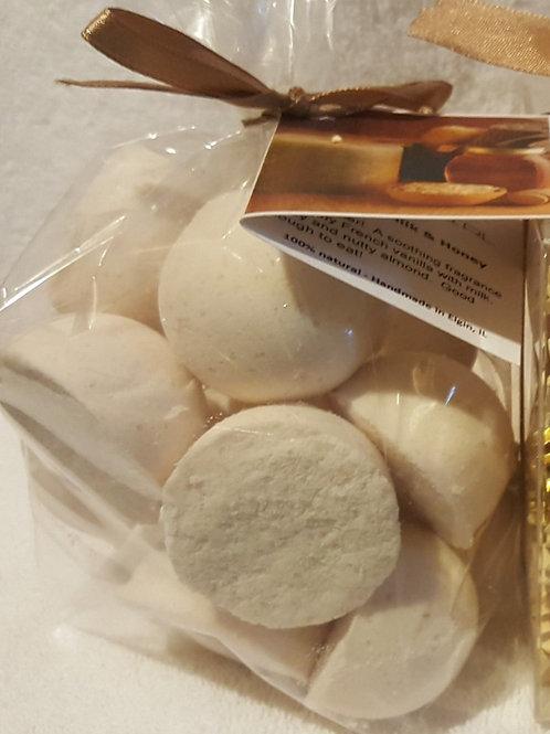 Oatmeal, Milk & Honey 14-pack Bath Bomb Fizzies