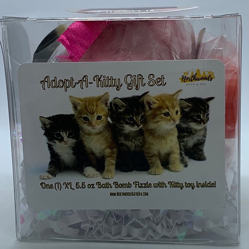 "Adopt-A-Kitty ""Gizmo"" 5.5 oz Bath Bomb Gift Set (Strawberry Shortcake)"