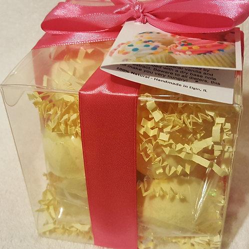 Buttercream Cupcake 14-pack Bath Bomb Gift Set