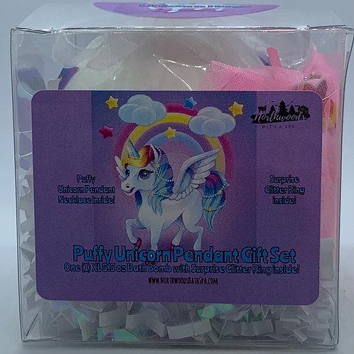 Puffy Unicorn Pendant Necklace 5.5 oz Bath Bomb Gift Set (Pink/Hugs)