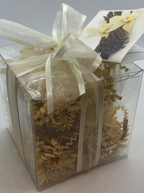 French Vanilla & Amber 5.5 oz Bath Bomb Gift Set