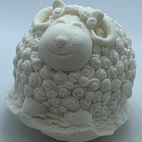 Creamy Coconut 6 oz Sheep Bath Bomb Fizzie