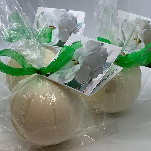Gardenia - Three (3) XL 5.5 oz Bath Bomb Fizzies