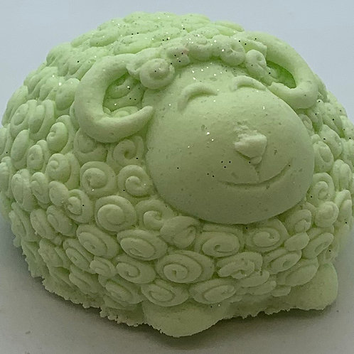 Coconut, Lime, Verbena 6 oz Sheep Bath Bomb Fizzie