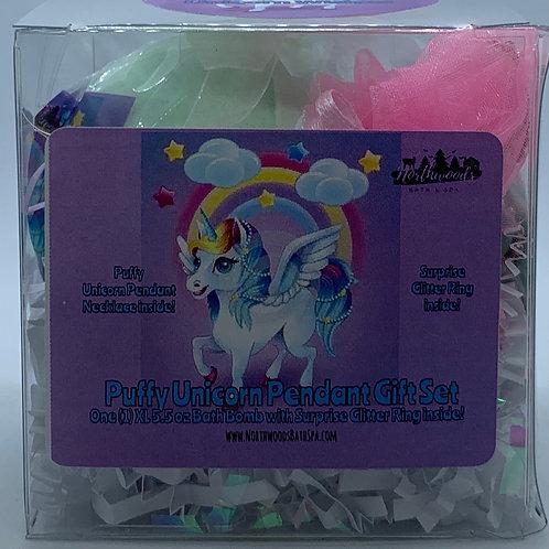 Puffy Unicorn Pendant Necklace 5.5 oz Bath Bomb Gift Set (Green/Wishes)