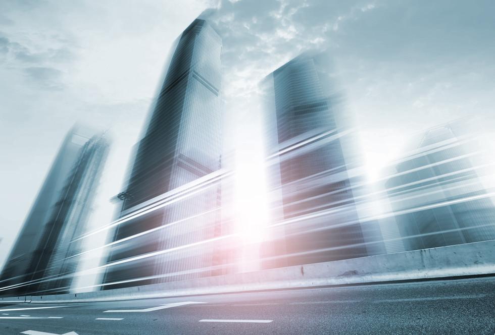 흐린 고층 빌딩