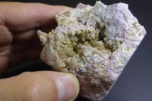 Vesivianite, Mangano-Vesuvianite et Clinochlore, Mine Jeffrey, Asbestos