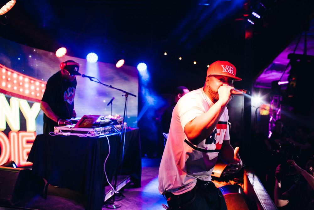 Ghostface Killah and Raekwon live at SXSW 2016 lit by NDG!