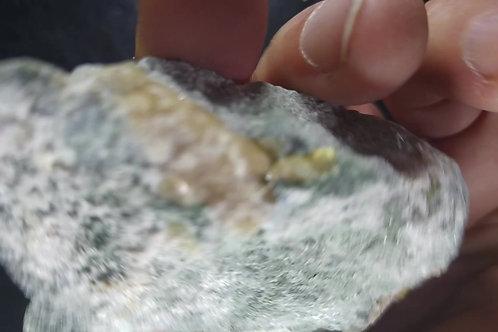 Grenat Hessonite sur Serpentine, Mine Flintkote