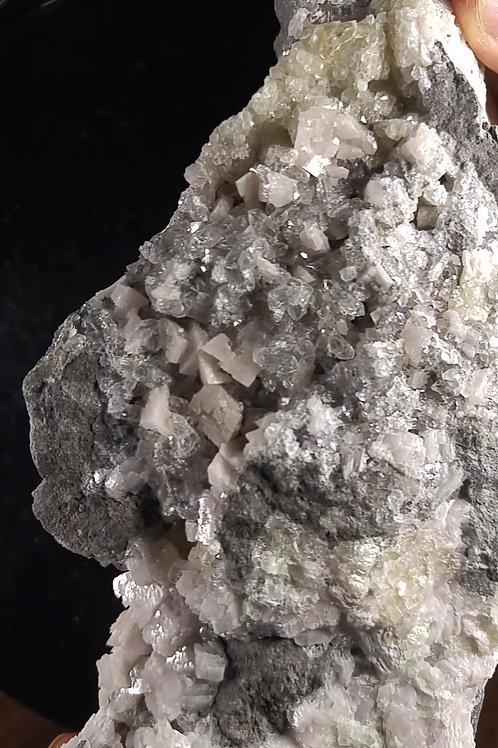 Dolomite, Quartz et Calcite, Ste-Clothilde