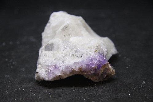 Calcite (fluorescent) et Améthyste, Boulder Creek, Ontario