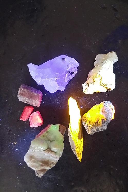 Boite de 6 minéraux fluorescents