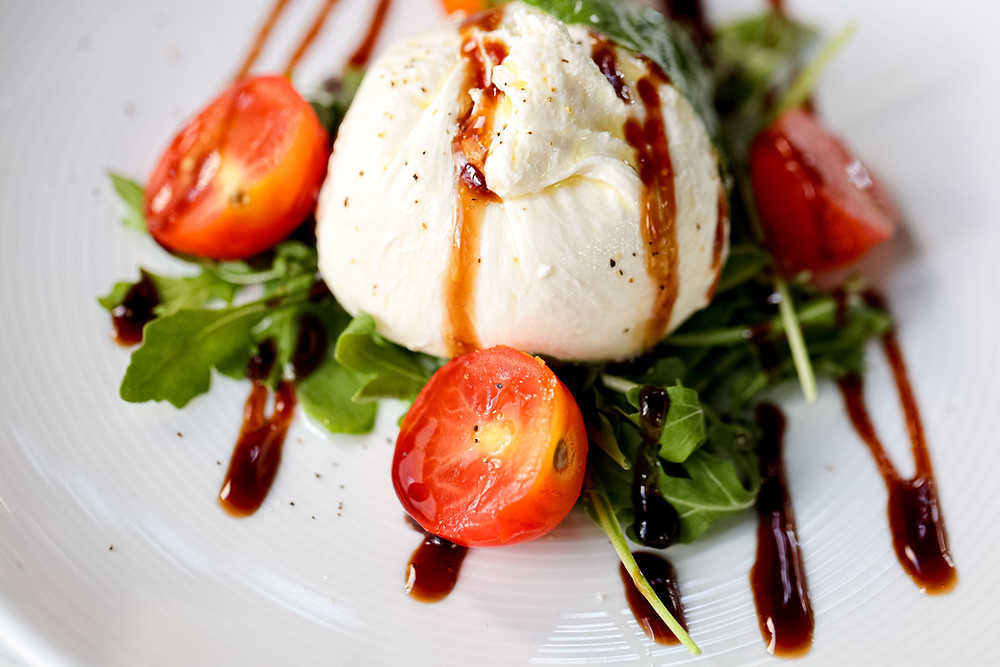 mozzarella-tomato-food-photography