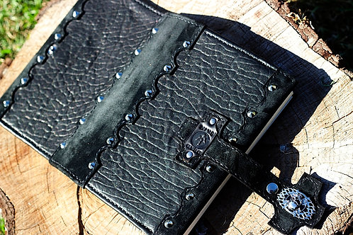 Black sheep skin Journal