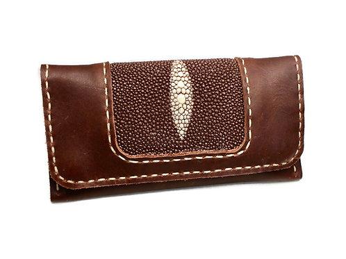 Brown Stingray tobacco pouch