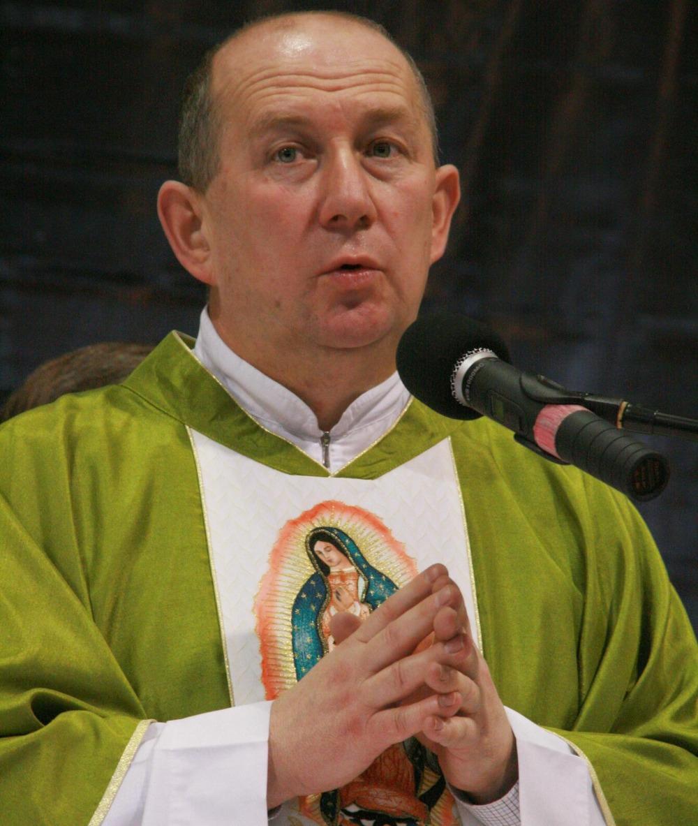 1. ks. Jarosław Kaźmierczak