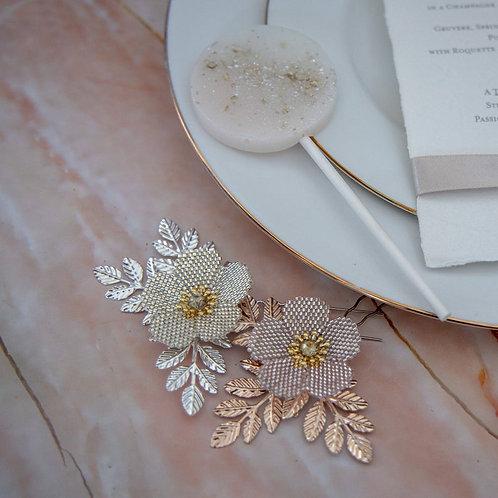 Handbeaded Rose Hair Pin ~ Rosa