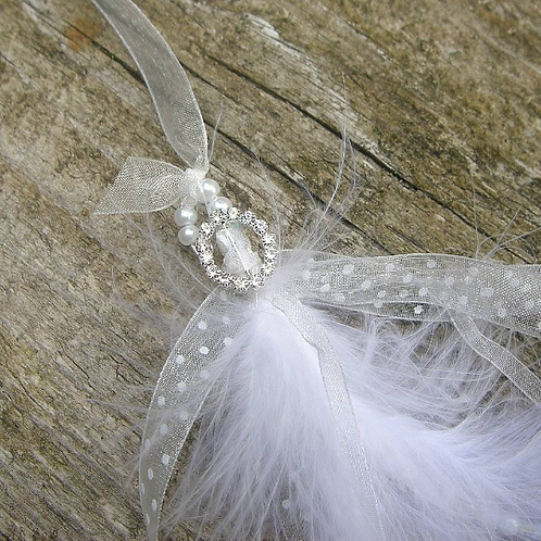 Feather and Pearl Horseshoe