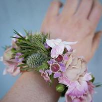 Blomsterarmband1.jpeg