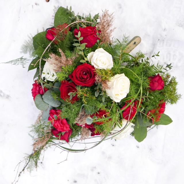 Floristgaraget_hjärta_begravning