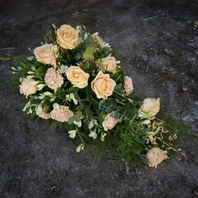 Floristgaraget begravningsblommor ljus.J