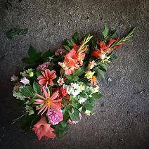 Floristgaraget handbunden begravningsbuk